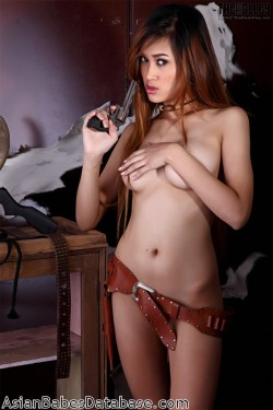 nude-asian-cowgirl-10