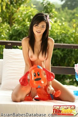 pim-pimpilai-thai-cuties-12