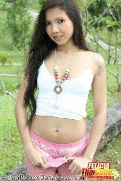 nude-thai-girl-pictures-06
