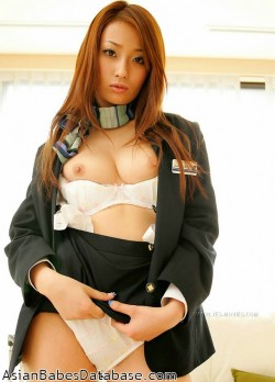 nude-asian-stewardess-03