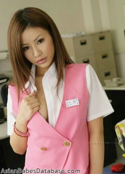 sexy-asian-office-worker-06