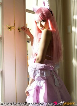 japanese-girl-nude-cosplay-12