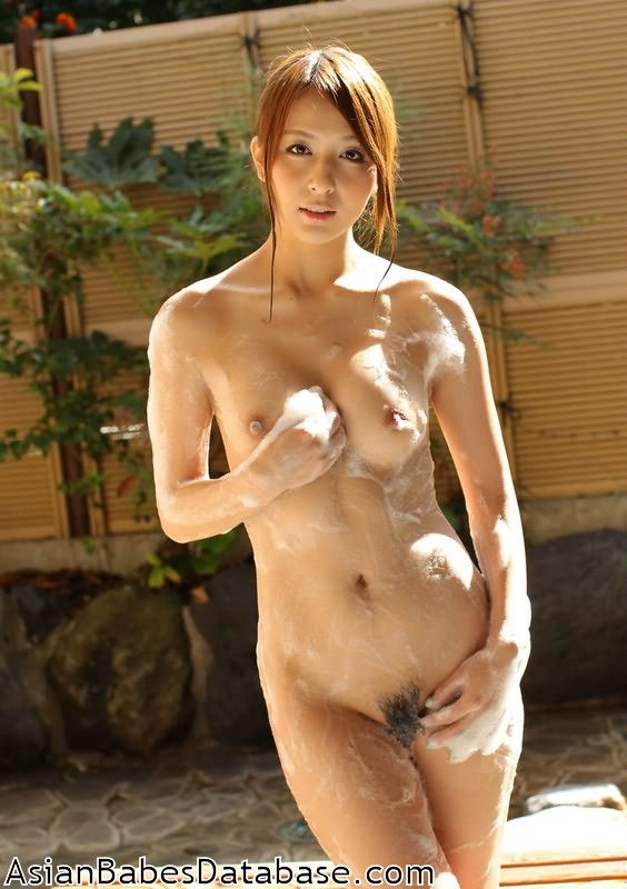 Beautiful naked titless ladies that can