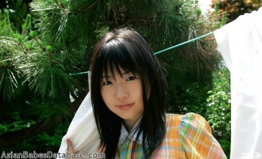 cute-japanese-girl-nude-09