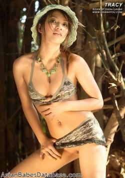 asian-girl-jungle-nude-07