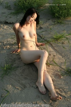 chinese-girl-nice-body-03
