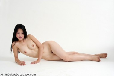 light-skin-asian-nude-04