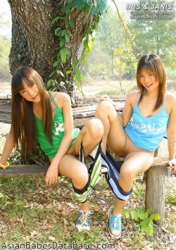 cute-thai-girls-02