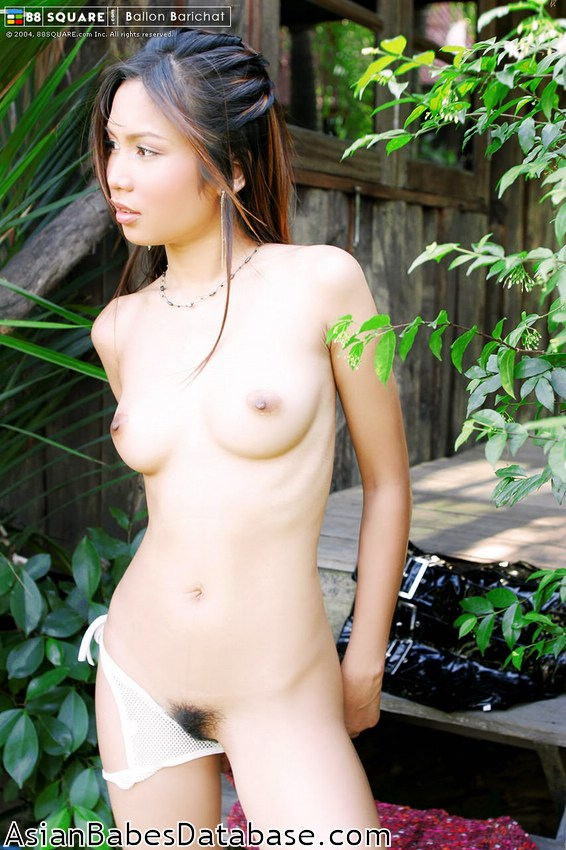 Naked thai woman