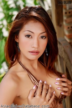 hot-thai-woman-naked-09