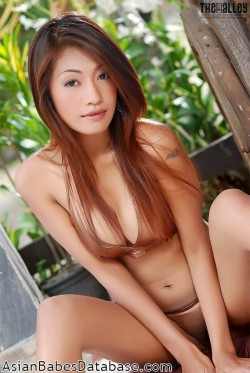 hot-thai-woman-naked-10