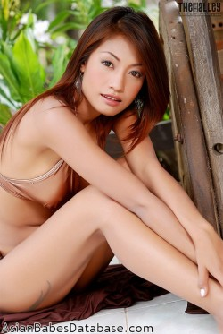 hot-thai-woman-naked-11