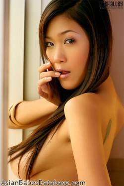 super-hot-asian-girl-02