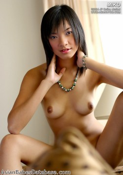 asian-girl-nude-on-couch-17