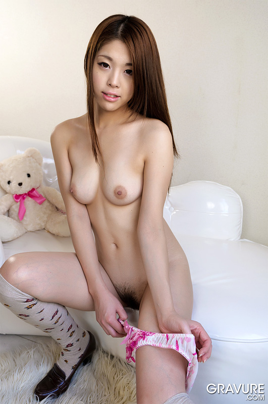 Cute girls naked uncensored, teen cunt downblouse