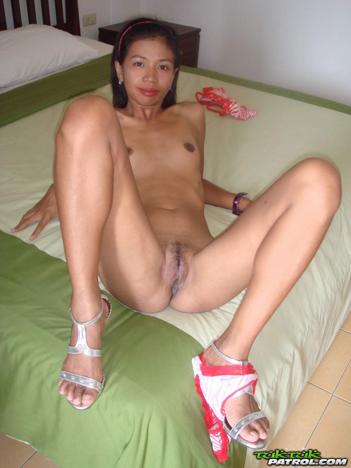 Thai girl naked pic opinion