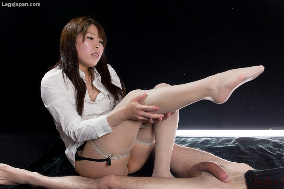 japanese girl white nylon stockings footjob